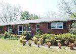 Foreclosed Home en SWIFT CREEK RD, Hartsville, SC - 29550