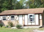 Foreclosed Home en RINN ST, Burton, MI - 48509