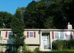 Foreclosed Home en TALLAHATCHIE DR, Sussex, NJ - 07461