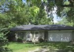 Foreclosed Home en DUANE DR, Indianapolis, IN - 46227