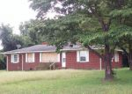 Foreclosed Home en TITUS MEWBORN RD, Snow Hill, NC - 28580