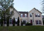 Foreclosed Home en DAFFODIL DR, East Stroudsburg, PA - 18301