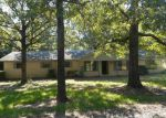 Foreclosed Home en HORNBEAM RD, Broken Bow, OK - 74728