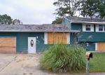 Foreclosed Home en OLD MILL DR, Cape May, NJ - 08204