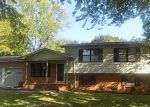 Foreclosed Home en FREEMONT ST SW, Decatur, AL - 35601
