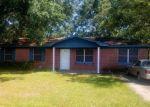Foreclosed Home en MACPHELAH RD, Pascagoula, MS - 39567