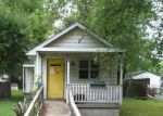 Foreclosed Home en MARY ST, Jeffersonville, IN - 47130