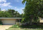 Foreclosed Home en W SUNSET PL, Dekalb, IL - 60115
