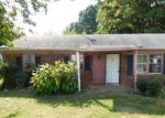 Foreclosed Home en BRENTWOOD ST, High Point, NC - 27260
