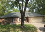 Foreclosed Home en NW LINGLEY DR, Kansas City, MO - 64152