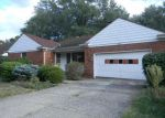 Foreclosed Home en MONTICELLO BLVD, Cleveland, OH - 44118