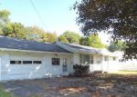 Foreclosed Home en W 3RD ST S, Fulton, NY - 13069