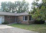 Foreclosed Home en W RIVER ST, Monticello, MN - 55362