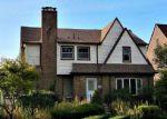 Foreclosed Home en CHEROKEE RD, Pontiac, MI - 48341