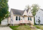 Foreclosed Home en HAZEL AVE, Pontiac, MI - 48341