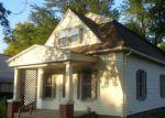 Foreclosed Home en S ASH ST, Hillsboro, KS - 67063