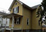 Foreclosed Home en S WARRINGTON AVE, Riverton, NJ - 08077