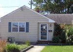 Foreclosed Home en LAKEVIEW AVE, Pennsville, NJ - 08070