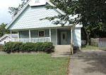 Foreclosed Home en E MCLEOD AVE, Sapulpa, OK - 74066