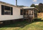 Foreclosed Home en AZALEA CIR, Marshall, NC - 28753
