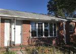Foreclosed Home en SPRUCE ST, Pennsville, NJ - 08070