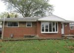 Foreclosed Home en GRANGE RD, Trenton, MI - 48183