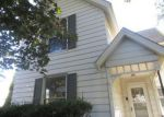 Foreclosed Home in N 6TH ST, Clinton, IA - 52732