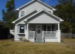 Foreclosed Home en LOHOFF AVE, Evansville, IN - 47710