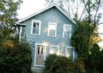 Foreclosed Home en TOWER HILL RD, North Kingstown, RI - 02852