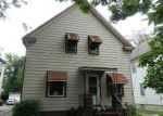 Foreclosed Home en E 57TH ST, Cleveland, OH - 44105