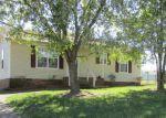 Foreclosed Home en ARTIC AVE, Oak Grove, KY - 42262