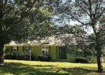 Foreclosed Home en EDGEWOOD AVE, Baxter Springs, KS - 66713