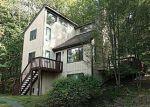Foreclosed Home en DECKER RD, Bushkill, PA - 18324