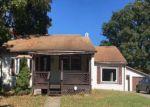 Foreclosed Home en MAPLE ST, Carmichaels, PA - 15320