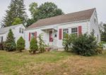 Foreclosed Home en GLADIOLA ST, New Britain, CT - 06053