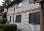 Foreclosed Home en 119TH LN SE, Renton, WA - 98058