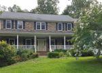 Foreclosed Home en BEARS DEN RD, Marshall, VA - 20115