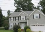 Foreclosed Home en OLD WILLIAMSBURG RD, Yorktown, VA - 23690
