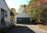 Foreclosed Home en LUPINE LN, Queensbury, NY - 12804