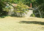 Foreclosed Home en HIDDEN VALLEY RD, Dover, TN - 37058