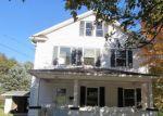 Foreclosed Home en N PIONEER AVE, Shavertown, PA - 18708