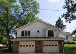 Foreclosed Home en N CEDAR AVE, Owatonna, MN - 55060