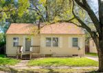 Foreclosed Home en S 10TH ST, Salina, KS - 67401