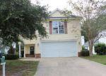 Foreclosed Home en OAK RIDGE CIR, Richmond Hill, GA - 31324