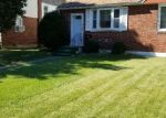 Foreclosed Home en BLACKSTONE AVE, Darby, PA - 19023