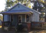 Foreclosed Home en AMHERST AVE, Altavista, VA - 24517