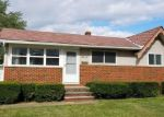 Foreclosed Home en N GALLATIN BLVD, Brook Park, OH - 44142