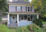 Foreclosed Home en N MILL ST, Mount Carroll, IL - 61053