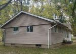 Foreclosed Home en S BALLANTINE AVE, Du Quoin, IL - 62832
