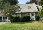 Foreclosed Home en ERATH DR, Rochester, NY - 14626